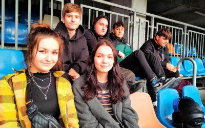 Uczniowie ALO na meczu piłki nożnej Pucharu Polski
